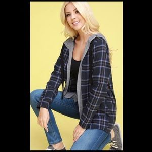 Open hooded plaid jacket